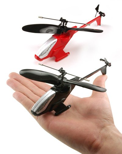 Geeky Toys – Mini Dueling R/C Helicopters