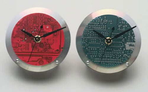 Geeky Gadgets – The Recycled Motherboard Clock