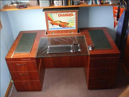 Cool Case Mods - The Stealthdesk PC Desk