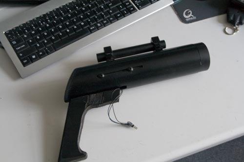 tv-b-gone_gun1.jpg