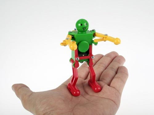 Fun Toys - Wind Up Robot dances like your dad