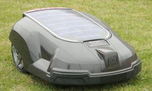 Green Gadgets - The Solar Powered Robot Lawnmower