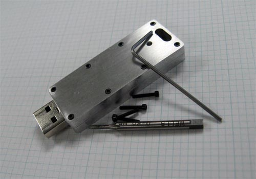 Cool Mods - Make your own indestructable USB thumb drive