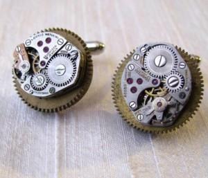 Geeky Accessories – The Steampunk Watch Cufflinks