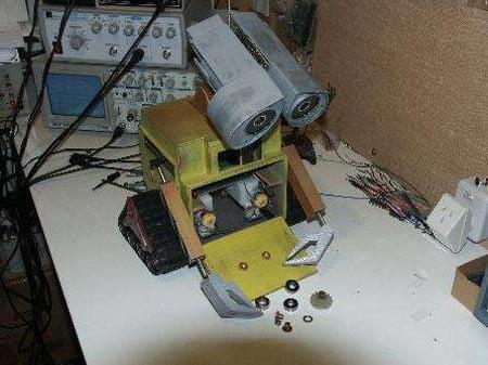 disney wall E-Robot