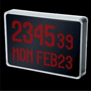 Geek Clocks – The 1500-LED Clock by Peter Van der Jagt