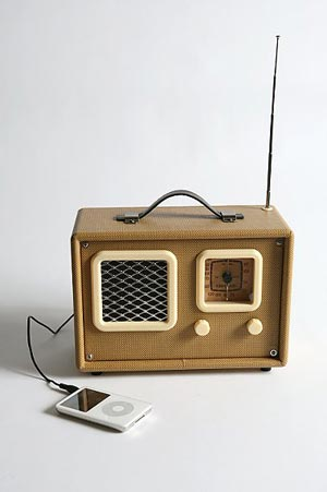nomad traveler speaker