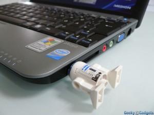 The R2-D2 Lego USB Flash Drive