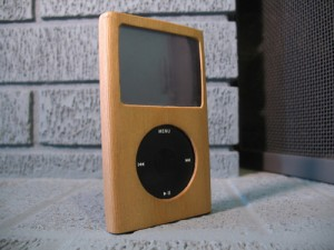 The Wooden iPod Case – Podbark