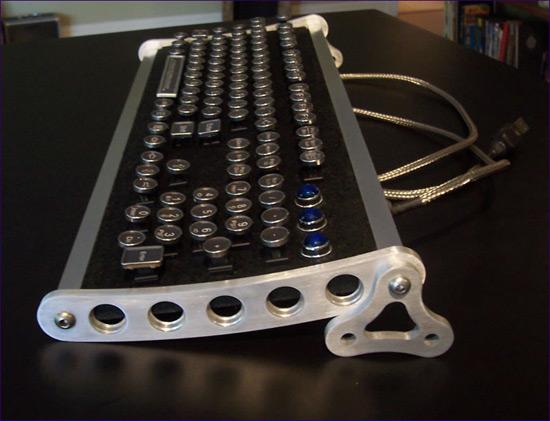 Datamancer Aviator Keyboard