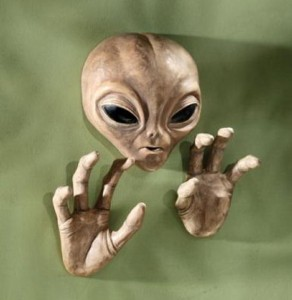Geeky Art – The Roswell Alien Plaque