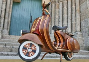 Design – Hand Made Wooden Vespa