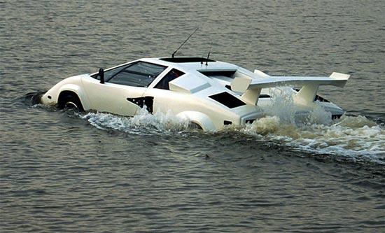 Amphibious Lamborghini Countach