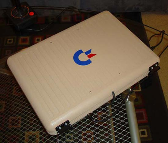 Ben Heck's Commodore 64 Laptop Mod