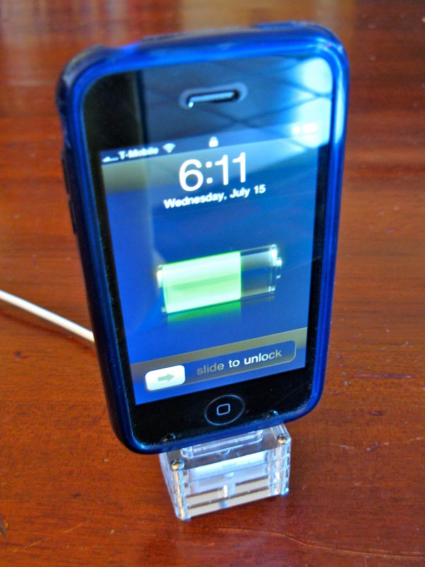 DIY Laser Cut Acrylic iPhone Dock
