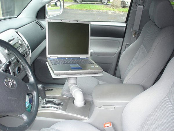 Use Laptop in Car