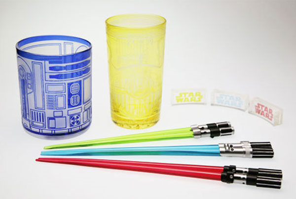 lightsaber-chop-sticks-set
