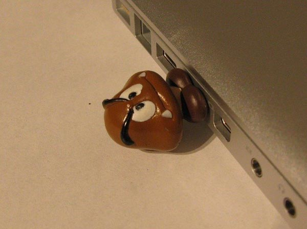 Goomba USB Drive