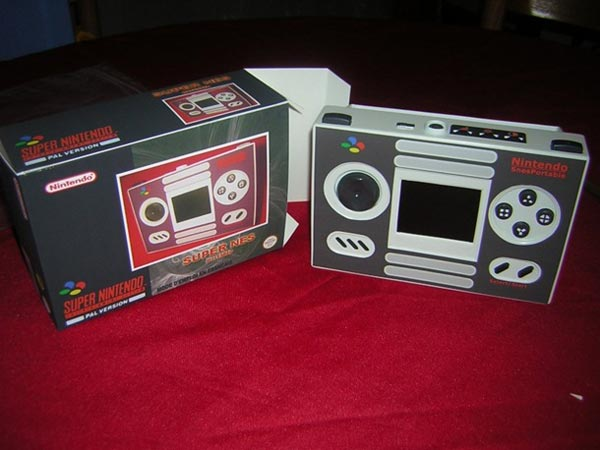 SNES Portable Case Mod Comes With A Custom Box