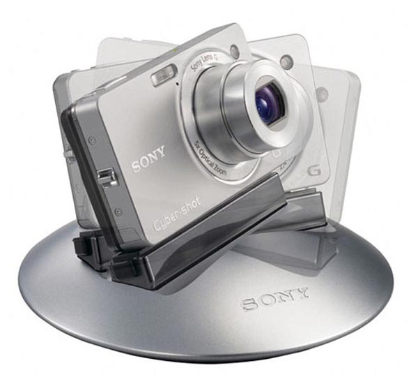 Sony IPT-DSC Party-Shot Dock Takes Your Photos