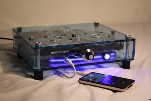 hard-drive-speakers-2