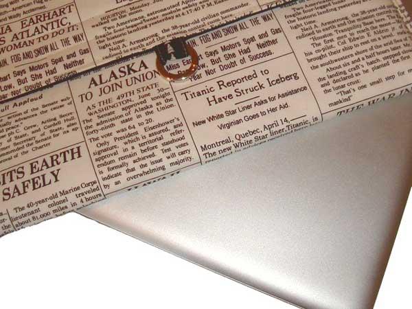 newspaper-macbook-case