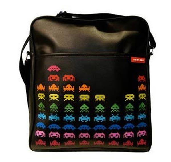 retro-video-game-messenger-bags