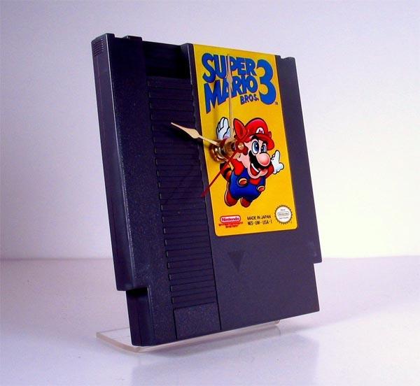 Super Mario Bros 3 NES Catridge Clock