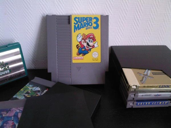Super Mario Bros 3 NES Cartridge Hard Drive