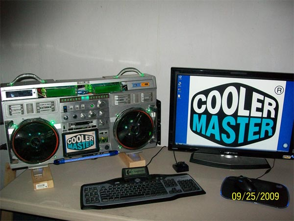 Project 'Cool' Boombox PC Case Mod