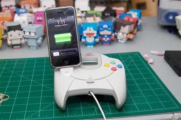 Sega Dreamcast iPhone Dock