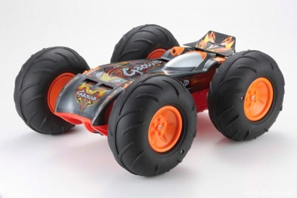 Amphibious RC Car