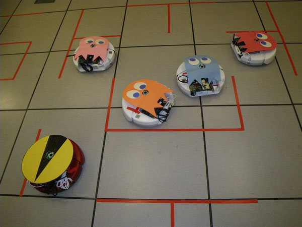 Roomba Pac-Man Game