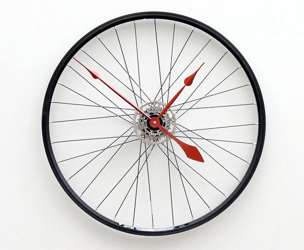 The Bike Wheel Clock