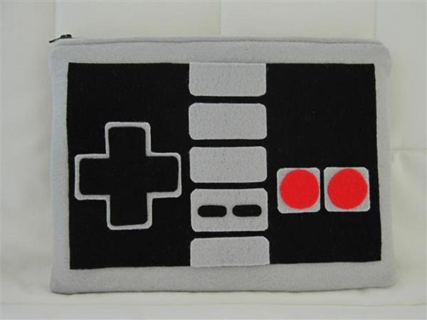 NES Controller Netbook Case