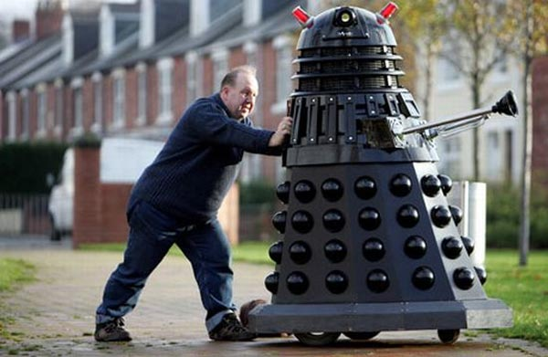 Doctor Who Fan Builds Life Sized Dalek