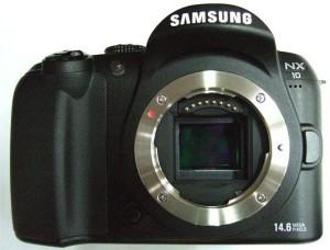 Samsung NX10 Hybrid Camera