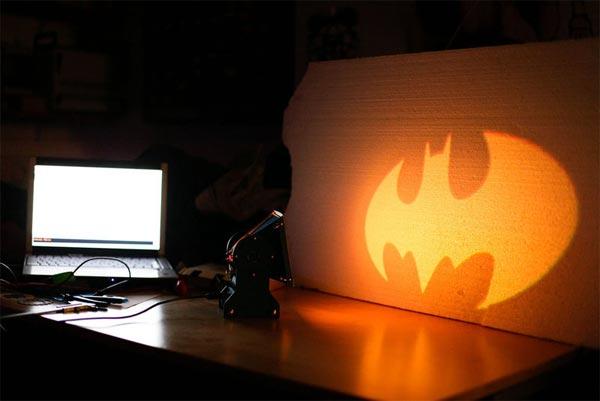 Make Your Own DIY Batlamp