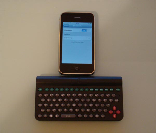 bluetooth keyboard for iphone iphone bluetooth keyboard 13691
