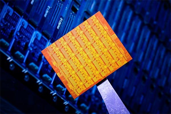 Intel Announces 48 Core Processor for cloud computing