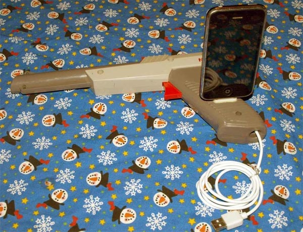 NES Light Gun iPhone Dock