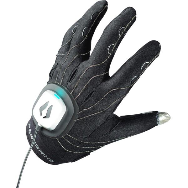 The Peregrine Gaming Glove