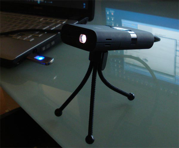 Win A 3M MPro 120 Pocket Projector