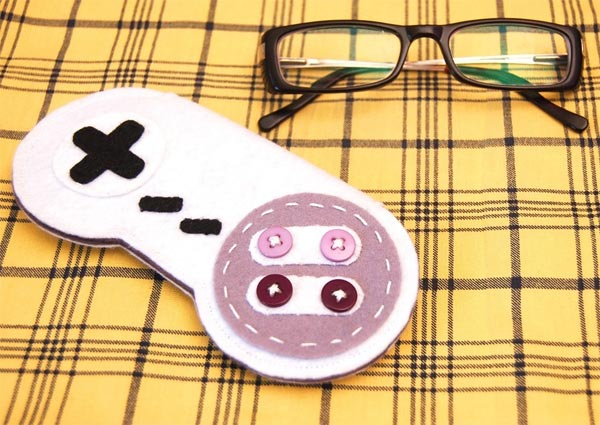 SNES Controller Glasses Case
