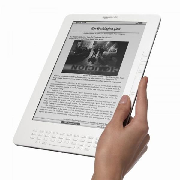 Amazon Kindle DX Goes International
