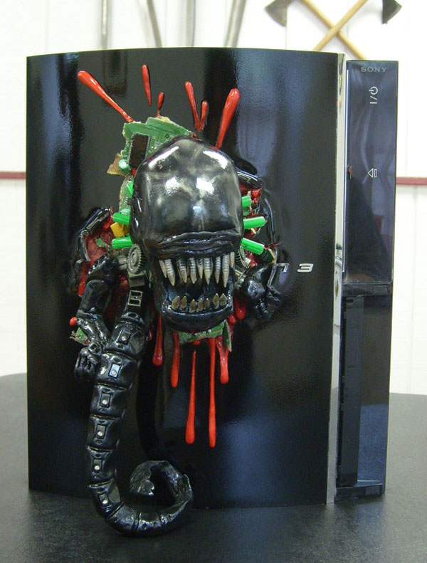 Alien Chestburster PS3 Case Mod