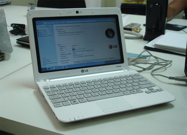LG X140 Netbook