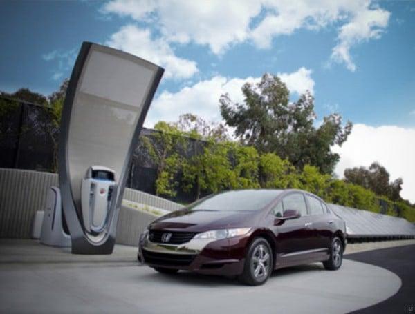 Honda Unveils a Home Solar Hydrogen-Producing Station