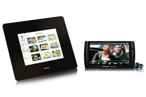 Archos 7 And Archos 8 Home Tablets Get Official