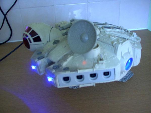Deamcast Millennium Falcon Mod